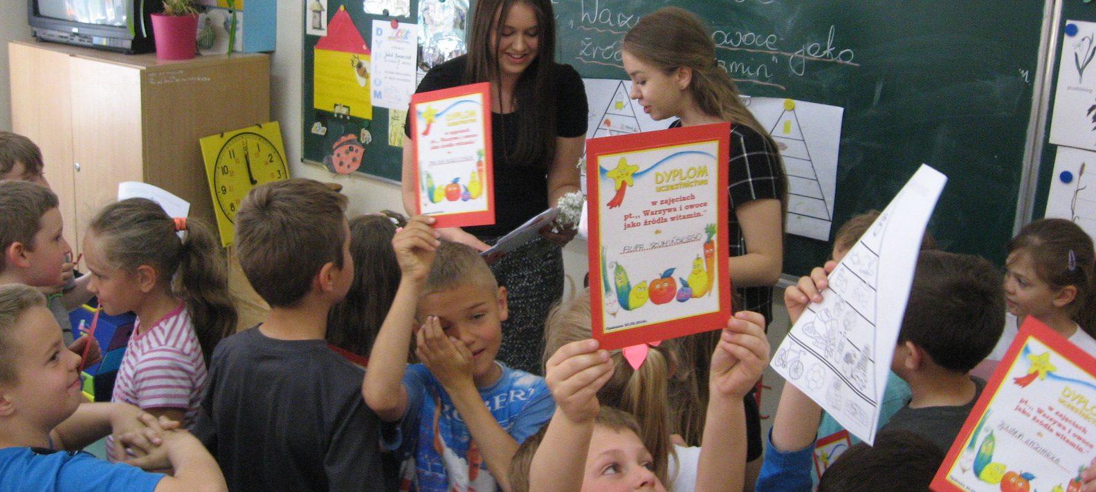 Uczniowie klasy 2e uczestniczyli w zajęciach na temat zdrowego żywienia