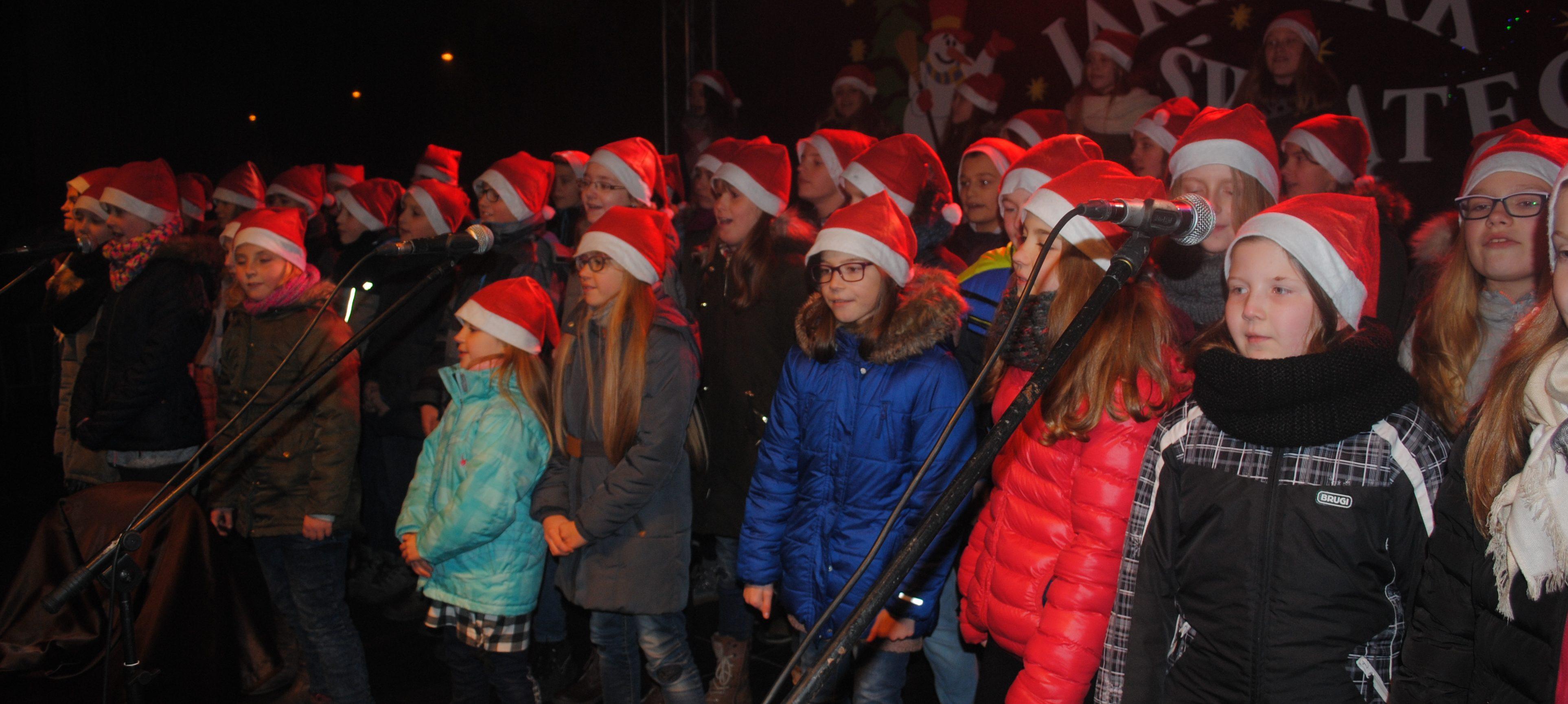 Nasza Szkoła na Jarmarku Świątecznym – 2016