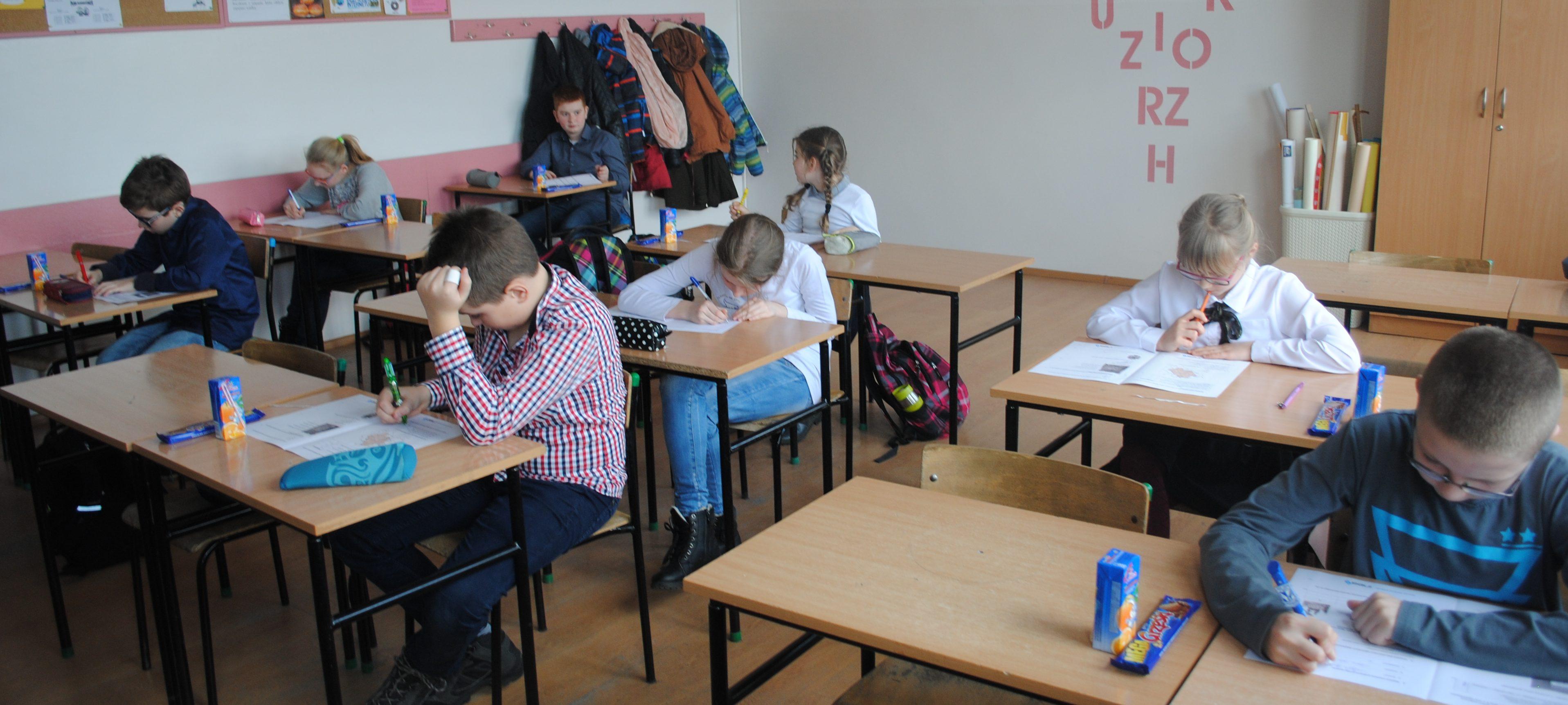 Zmagania powiatowe XXI  Konkursu Wiedzy o Wielkopolsce  w Szkole Podstawowej w Opalenicy