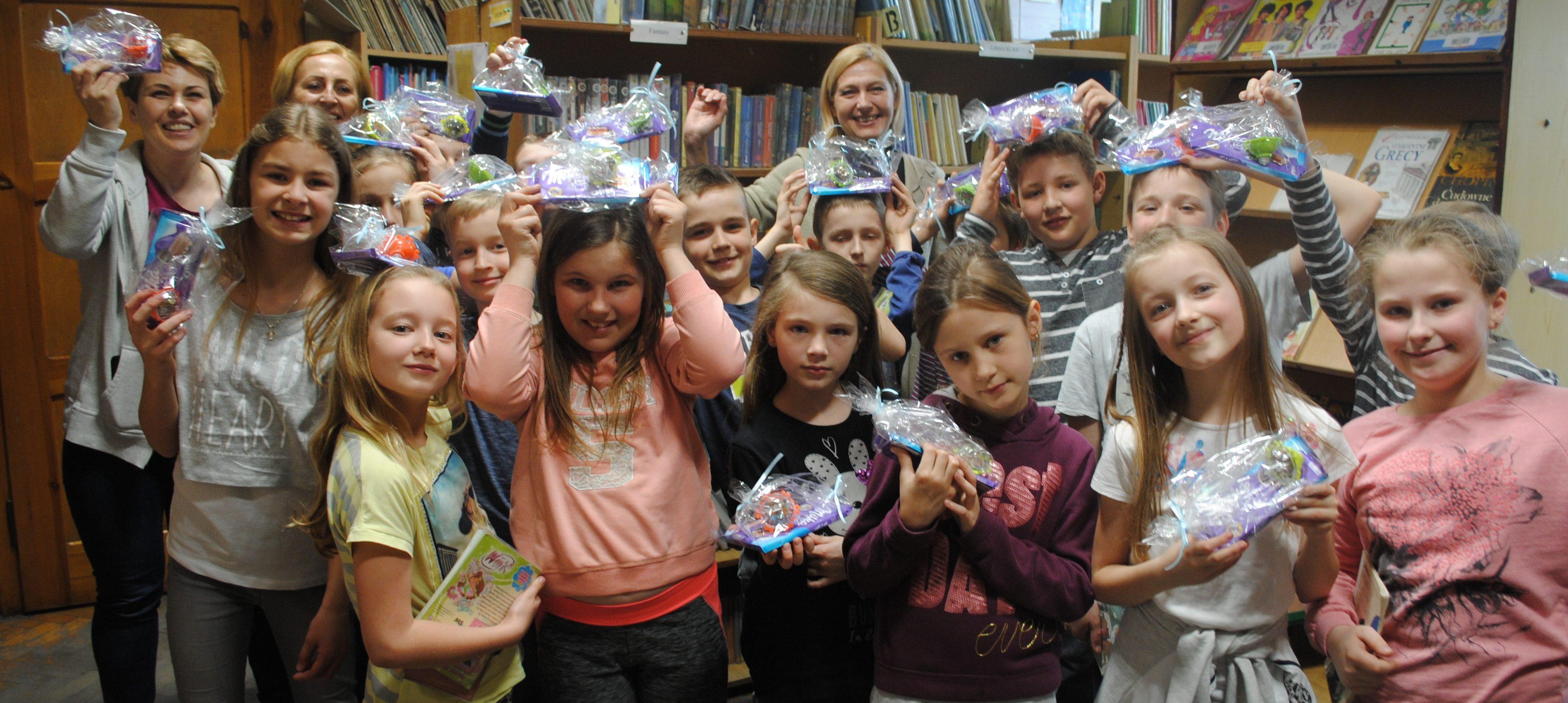 Zajączek w Bibliotece Szkolnej