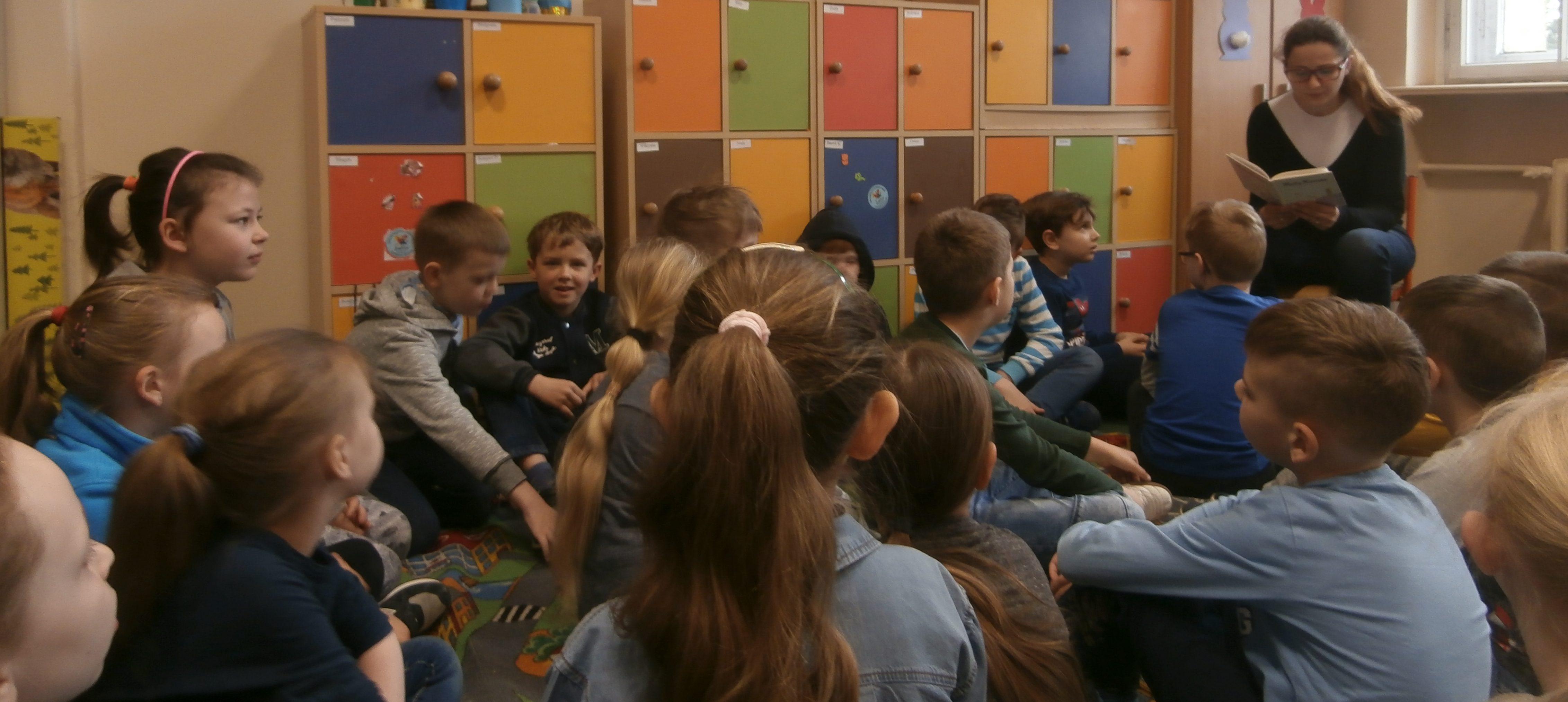 Rodzice czytają Dzieciom – wizyta p. Olgi Mazurek – Lipki w klasie 2F