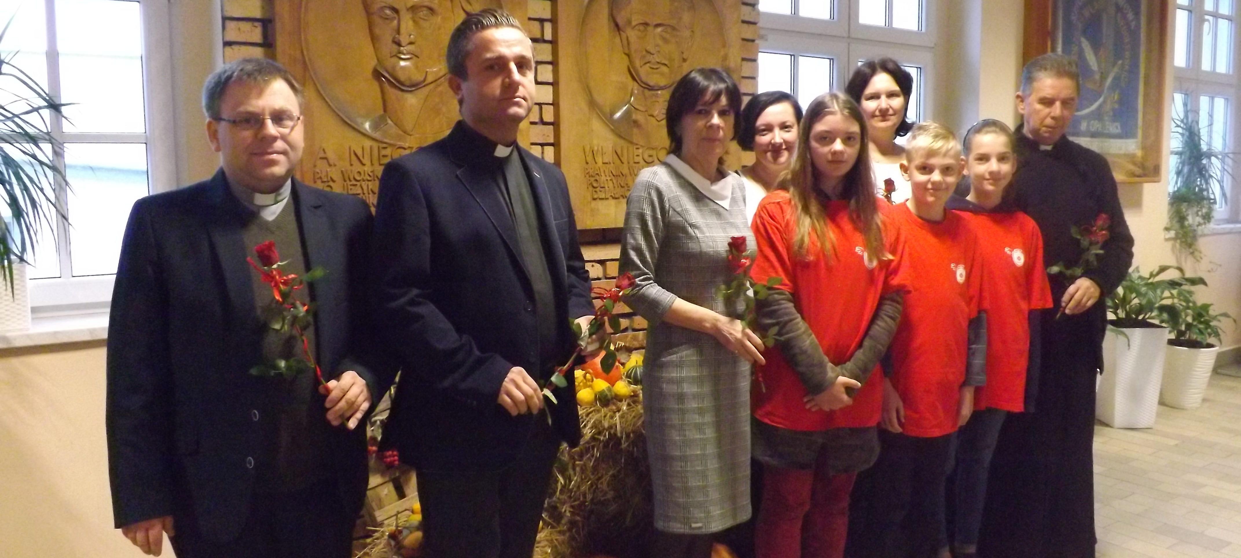 """""""Chcemy nieść dobro"""" – powołanie Szkolnego Koła Caritas"""