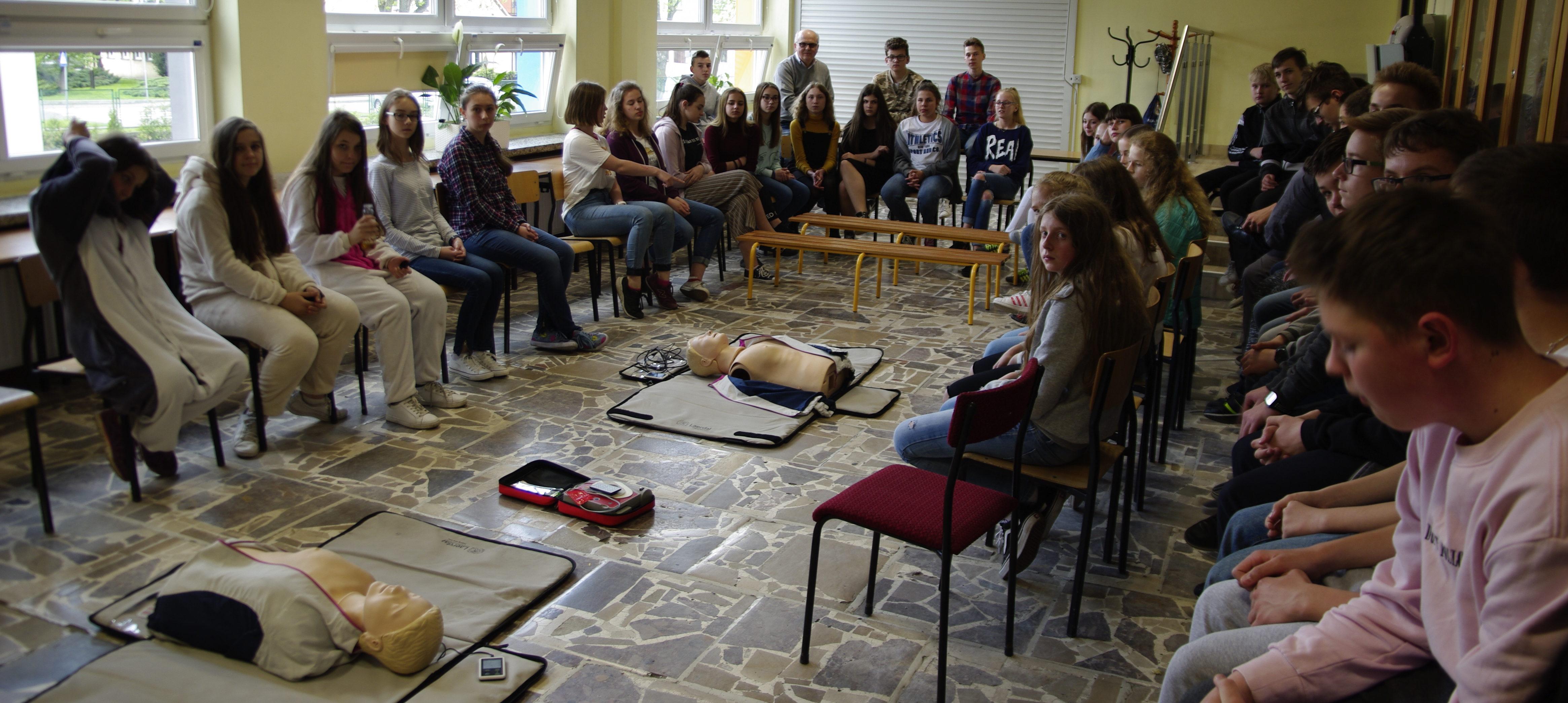 Zajęcia szkoleniowe w zakresie kwalifikowanej pierwszej pomocy