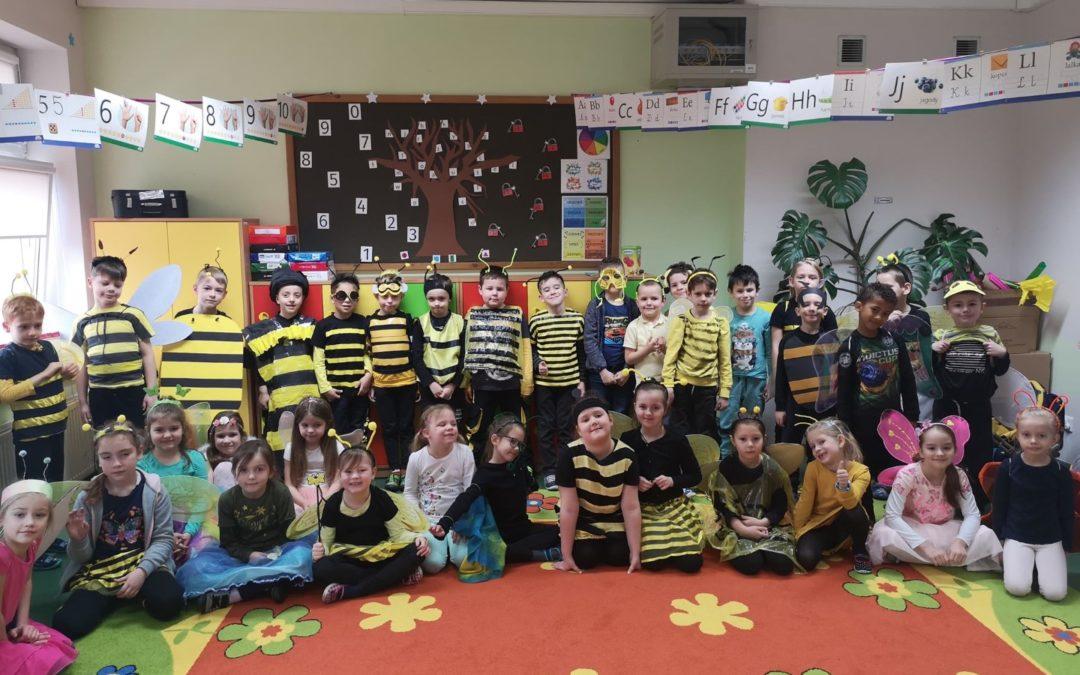 Dzień z Pszczołą