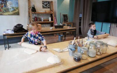 Wycieczka do Muzeum Rogalowego klasy 1c i 1f